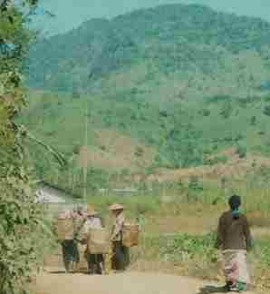 Burma Lifeline helps Burma's poor