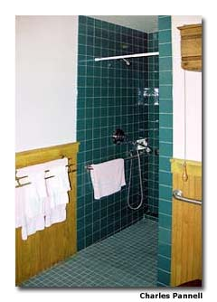Mae's Room, at the Victoria Inn, features ground-floor access and a spacious bathroom with a roll-in shower.
