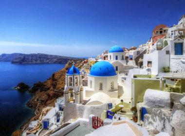 Family travel holiday in Greece. Flickr/ mariusz kluzniak