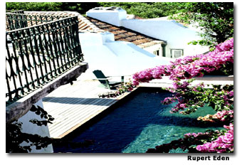 """The Pálacio Belmonte's pool and garden were used in movies like """"Lisbon Story"""" and """"Afirma Pereira."""""""