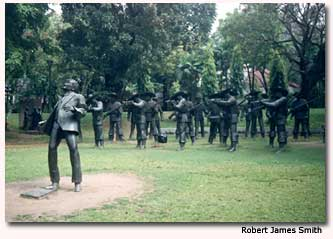 Larger than life statues depict the execution of José Rizal, forever commemorating the life and death of this important Filipino leader.