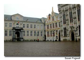 The city's Town Hall is situated in Burg Square, just off Market Square.