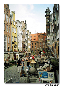 Amber traders and craft shops line Mariacki Street.