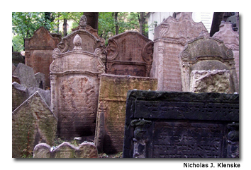In the Old Jewish Cemetery, graves are piled on top of each other.