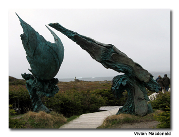 This thought-provoking sculpture is meant to symbolize the meeting of the Vikings and aboriginal people.