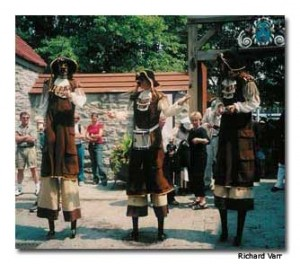 "Every summer, Québec City celebrates the ""New France Festival,"" where actors portray 17th and 18th century French settlers who helped forge Québec's proud heritage."