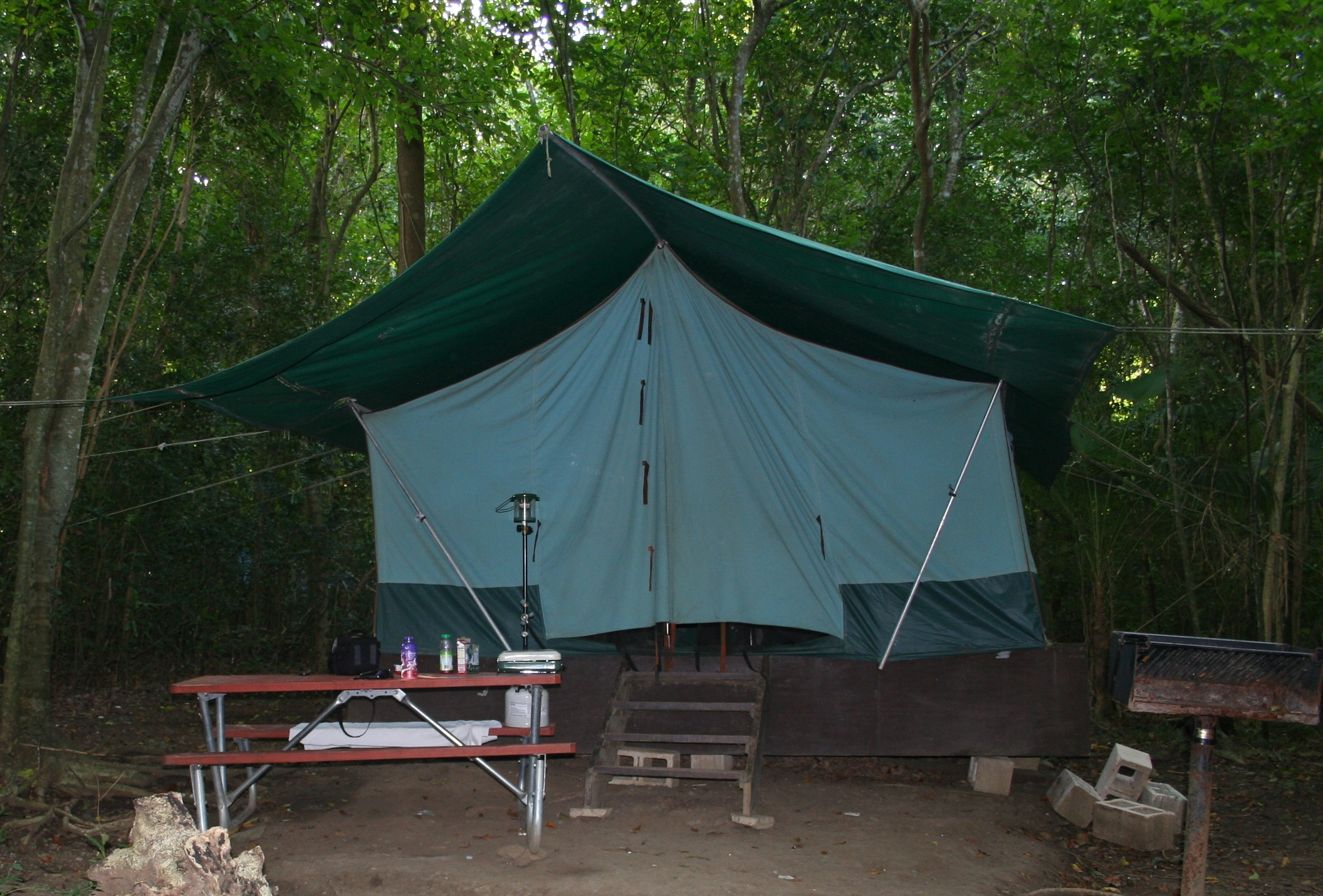 Cinnamon Bay Campground can provide a tent site with all the gear you need.