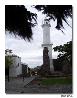 A lighthouse and fort stand the test of time in Old Colonia.
