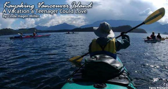 Paddling gives visitors an opportunity to bond.