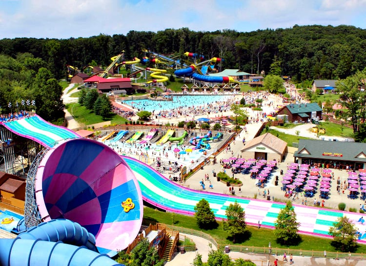 Splashin' Safari, named the nation's #4 Best Water Park by TripAdvisor, includes the two longest water coasters in the world, numerous family raft slides and water slides, two wave pools, plus water activities for children.