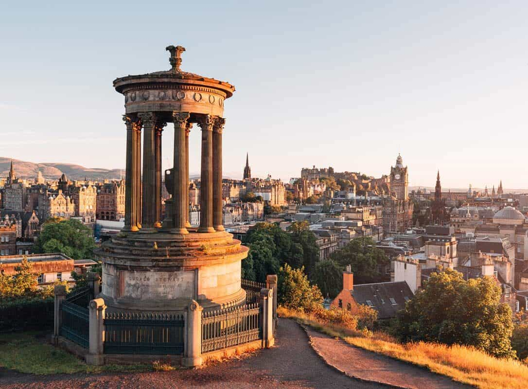 24 Hours in Edinburgh: What to Do, Eat and See in Scotland