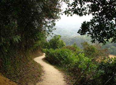 Hiking in Hong Kong. Flickr/Andreas