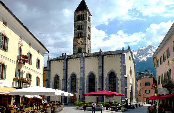 Piazza in Poschiavo. Photo by Annie Palovcik