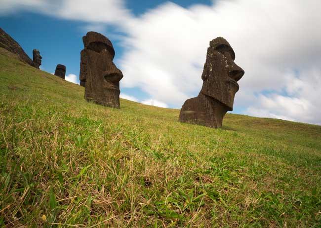 Moai on Easter Island. Flickr/henrykkcheung