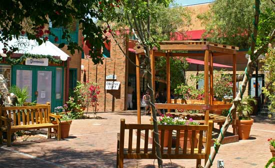 Travel in Downtown Tempe