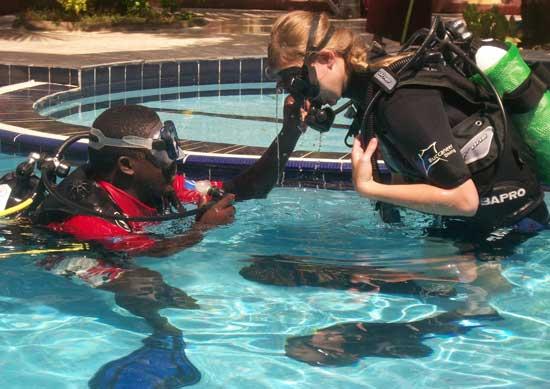 Diving in Zanzibar | PADI Travel