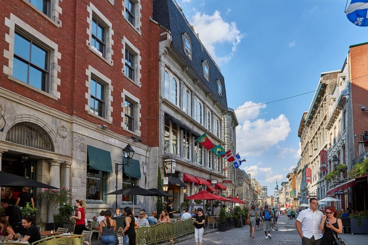 Cobblestone streets, restaurants, shopping and more make Old Montreal one of the most popular things to do.