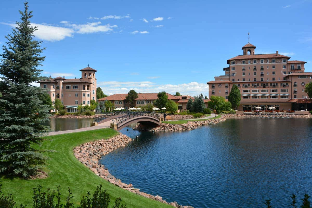 Broadmoor Style: The Grand Dame of Colorado Springs