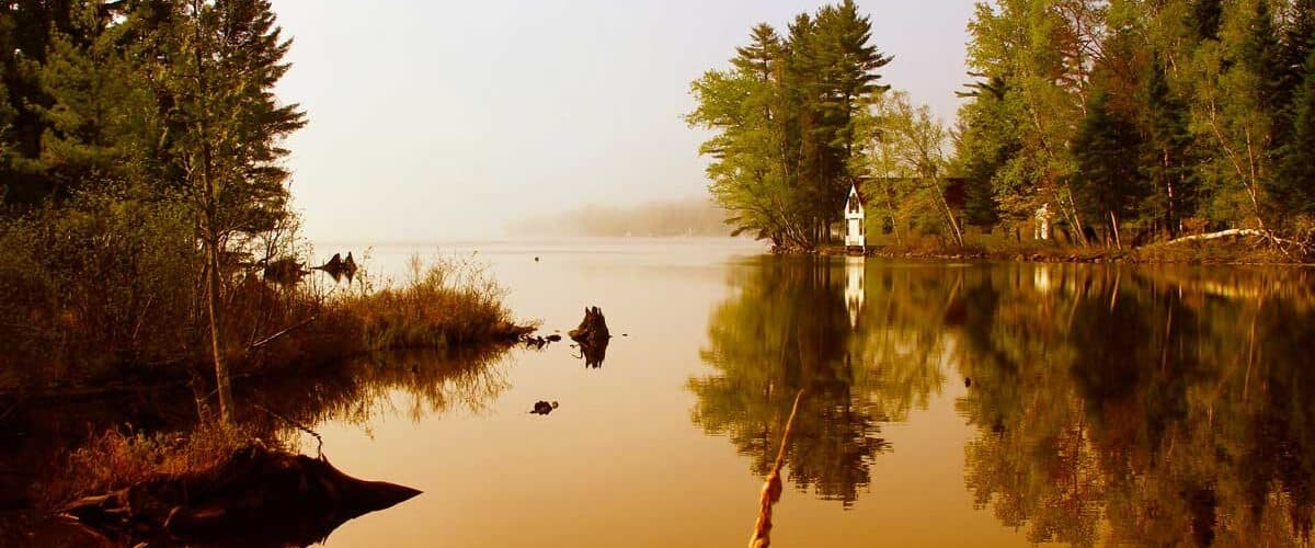 Sunrise at Rangeley Lake in Maine. Flickr/Alan Szalwinski