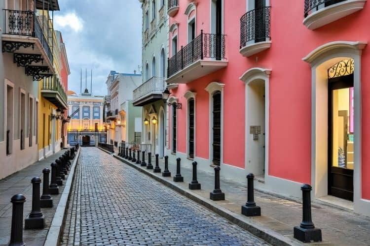 Travel in San Juan Puerto Rico for the Spamish Colonial Architecture