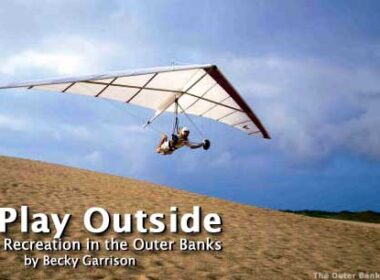 Hang gliding and kite surfing the Outer Banks