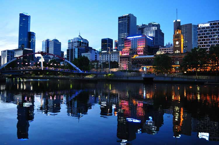 Melbourne, a city of 3 million, is home to 300,000 Greek-Australians.