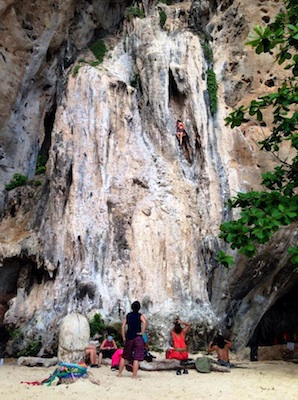 Railay Phranang. Photo by Ling Xin Sia