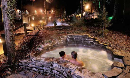 Siberia Station Spa is based on thermotherapy, the alternation between a hot station, cold station and a rest station. Photo by Siberia Station Spa