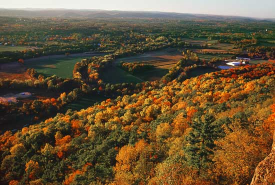 Beautiful colors cover the Talcott Mountain in Connecticut. Photo courtesy of Connecticut Tourism