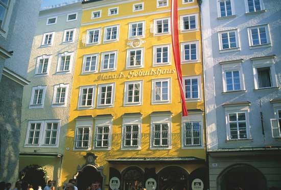 Mozart's Birthhouse in Salzburg. Photo by Austrian Tourist Board