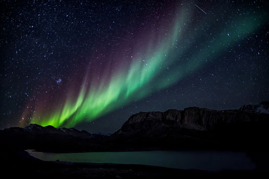 The best time to view the Northern Lights in Greenland is during the winter. Photo by Visit Greenland