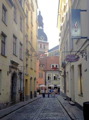 Walking through Old Town Riga. Photo by Janna Graber