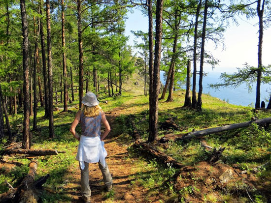 A stop on the Great Baikal Trail
