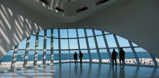 Milwaukee Art Museum's opening sunscreen.