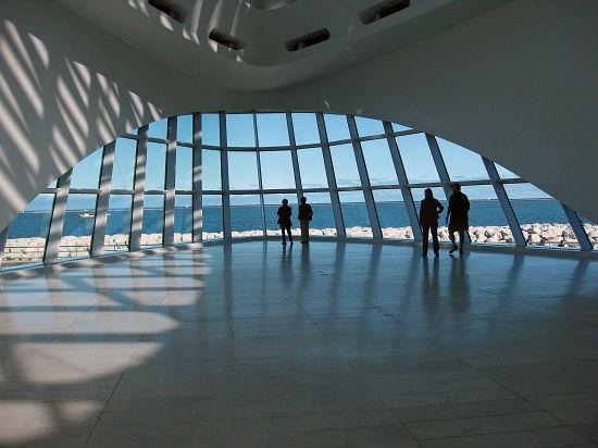 Milwaukee Art Museum's opening sunscreen.