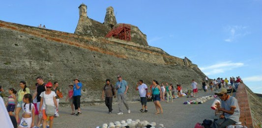 Spain Builds a Super-Fort in Cartagena, Colombia
