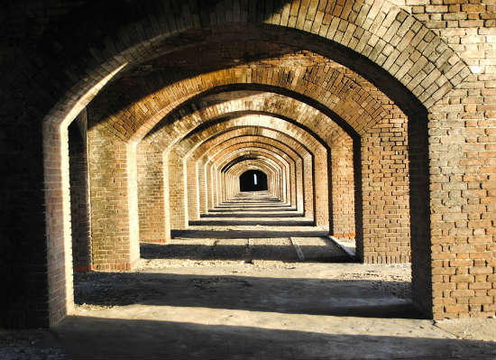 At its peak, the fort housed over 2,000 soldiers.