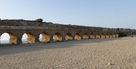 The aqueduct was an incredibly important piece of architecture.