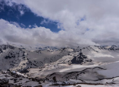 Elbrus Elevation offers four different multi-day adventure packages, allowing tourists to see and experience the beautiful environs of Mount Elbrus and other towns or villages.