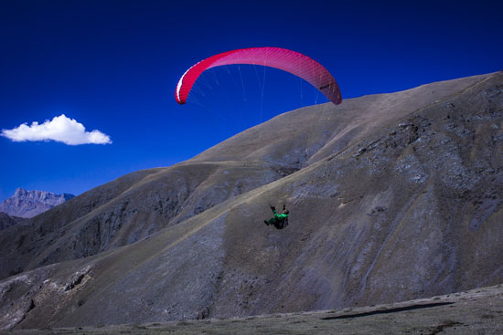 Paragliding with Elbrus Elevation