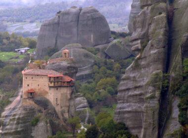 Metéora Monastery in Greece. Flickr/ alaskapine