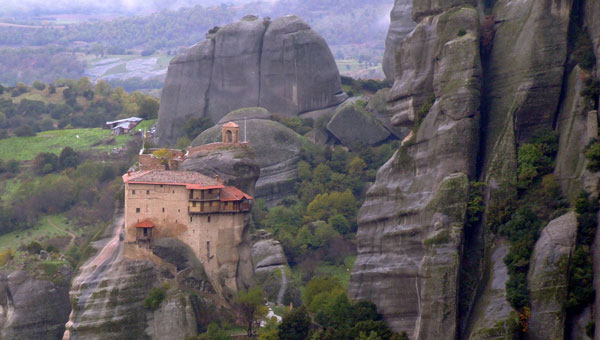 Metéora Monastery in Greece. Flickr/ alaskapine