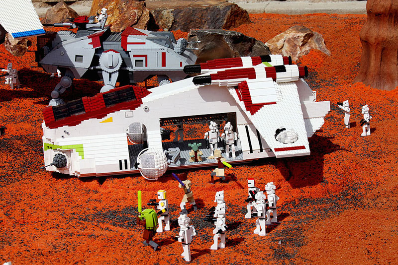 Stars Wars models at LEGOLAND California.
