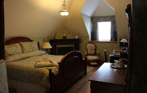 One of the comfortable guest rooms at the Nagle Warren Mansions Bed & Breakfast. Photo by Janna Graber