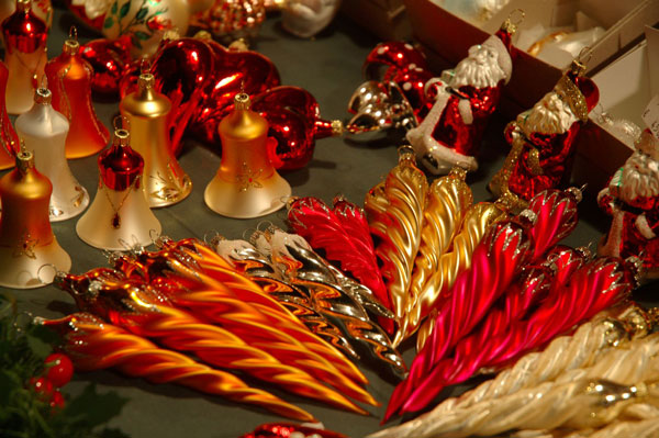 German glass ornaments. Photo by GNTO