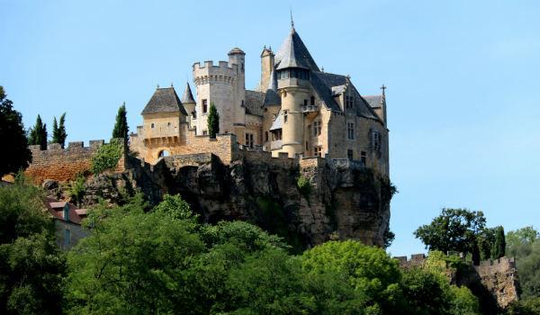 A raft trip in France takes us past Chateau de Monfort.