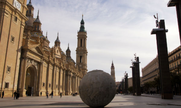 Zaragoza is becoming more popular among visitors. Travel in Zaragoza Spain