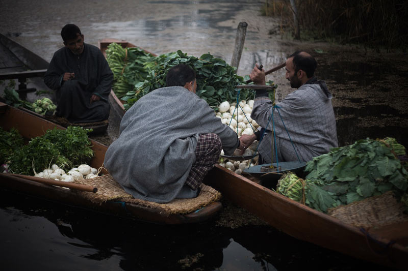 Vendors at Kashmir Floating Vegatable Market
