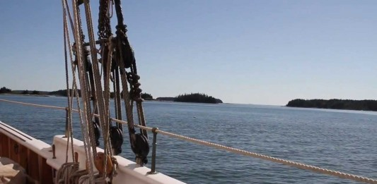 Sailing Adventure: Windjammer Cruise in Maine