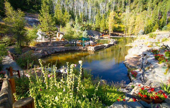 7 Top Colorado Hot Springs
